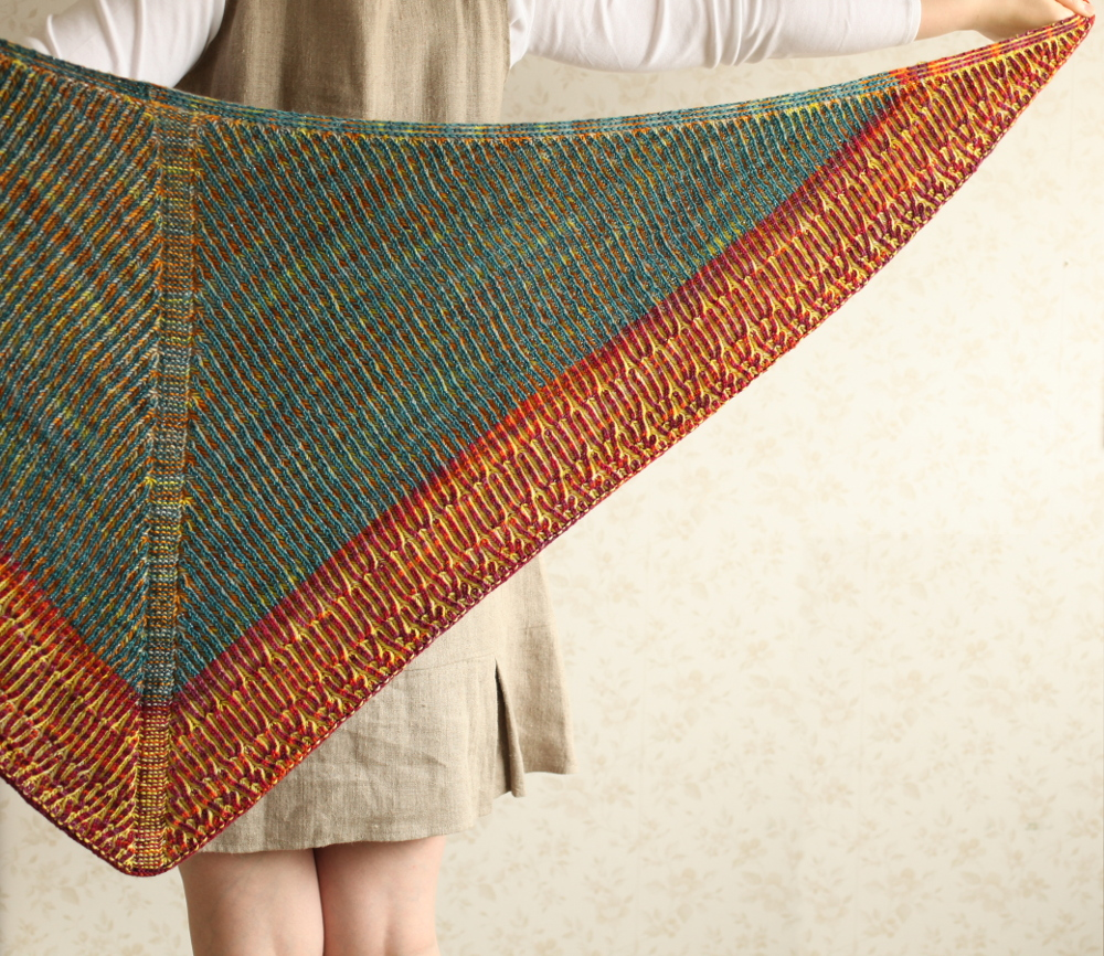 Honka shawl shown on the reverse side